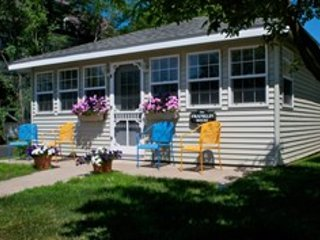 Nice 2 bedroom Olcott House with Internet Access - Olcott vacation rentals