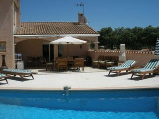 3 bedroom Villa with Washing Machine in Plaissan - Plaissan vacation rentals