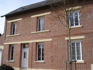 1 chambre grand lit en 160 cm . - Villers-Bretonneux vacation rentals