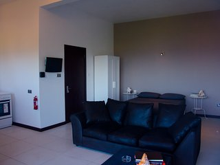 Ocean Spray Self-catering apartments- STUDIO - Victoria vacation rentals
