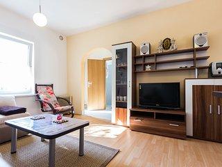 Liliana 1BR townhouse w. big terrace, parking BBQ - Zadar vacation rentals
