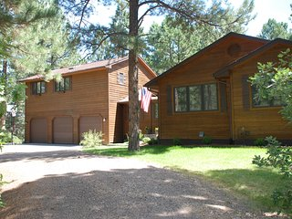 Spacious 6 bedroom House in Franktown - Franktown vacation rentals