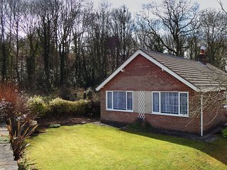 Lovely 2 bedroom House in Ambergate - Ambergate vacation rentals