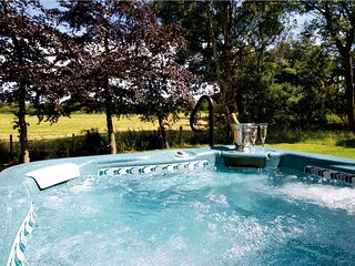 Perfect House with Internet Access and Hot Tub - Knutsford vacation rentals