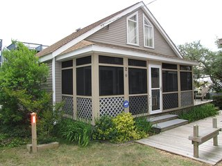Cozy Beach Cottage - Steps to Ocean, Family and Pet Friendly - Dewey Beach vacation rentals