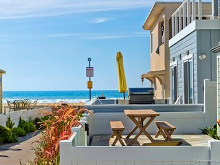 #712 - Brand-new luxurious home with fantastic 360 degrees roof deck - Mission Beach vacation rentals