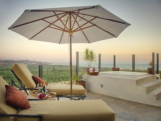Breathtaking 2BD Penthouse w/ jacuzzi - San Jose Del Cabo vacation rentals