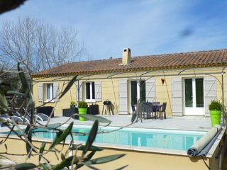 3-bedroom villa with heated pool - Lirac vacation rentals