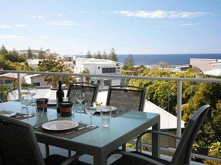 Perfect Sunshine Beach Condo rental with A/C - Sunshine Beach vacation rentals