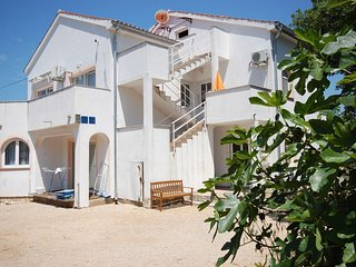 Mikec A/2+2 Atlantic - Vantacici vacation rentals
