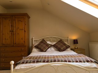 Beautiful self-contained cottage near Stonehenge - Netheravon vacation rentals