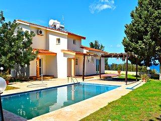 Latchi Villa - Tourist Location - Stunning Sea Views - 10 mins to Harbour - Latchi vacation rentals