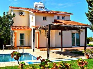 Latchi Tourist Location - Amazing Sea Views - 10mins to beach - Wifi - Latchi vacation rentals