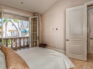 French Inspired Elegant Romantic Beach Villa - Corona del Mar vacation rentals
