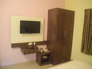 Madhuvan Residency, Luxurious Service apartents - 3 - Udupi vacation rentals