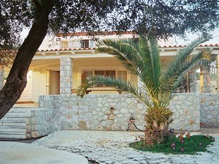 Villa Marialina Agios Aimilianos wether you're famous or not - Port Heli vacation rentals