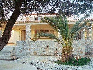 Villa Marialina Agios Aimilianos  sleeps 6+1 -whether you're famous or not- - Port Heli vacation rentals