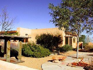 Cielo Vista Main House On 4 Acres Arroyo Seco Mountain Views - Arroyo Seco vacation rentals