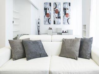 HEMERAS BOUTIQUE HOUSE SAN PIO V - Milan vacation rentals