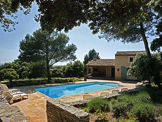 Perfect 5 bedroom Vacation Rental in L'Isle-sur-la-Sorgue - L'Isle-sur-la-Sorgue vacation rentals