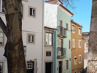 ESTEVAO I - Alfama for 4 ! - Lisbon vacation rentals