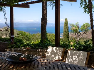 Cosy stone studio with sea/sunset view & pool in luxurious art estate - Pachia Rachi vacation rentals