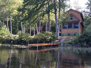 Quiet Lakeside Cottage Beautiful  Mountain Views - Waterford vacation rentals