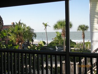 Gulf View Home, Summer Specials, Pets Welcome, WIFI, Quiet Area, Fenced Yard - Manasota Key vacation rentals
