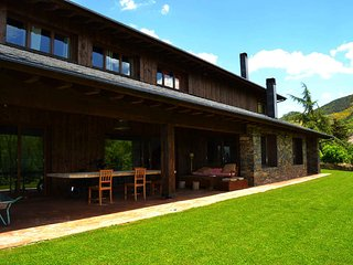 Comfortable Osseja House rental with A/C - Osseja vacation rentals