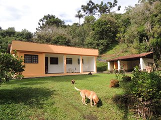 Nice Cottage with Internet Access and Wireless Internet - Cunha vacation rentals
