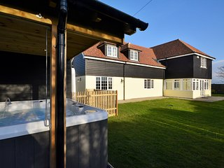 5 bedroom House with Internet Access in Mersham - Mersham vacation rentals