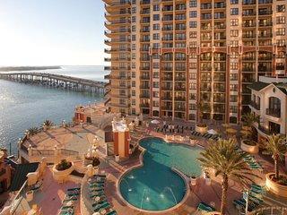 Wyndham Emerald Grande 3 Bedroom Deluxe Pool View - Destin vacation rentals