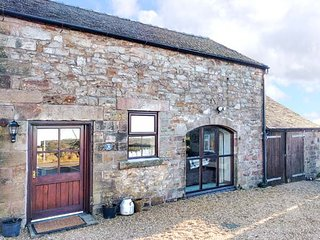 ROBIN COTTAGE, countryside views, garden, pet-friendly, WiFi, in Winkhill, Waterhouses, Ref 939705 - Waterhouses vacation rentals