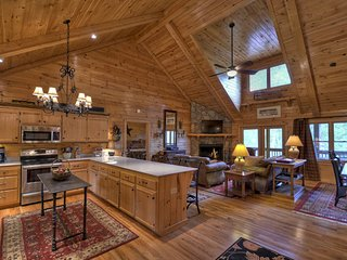 "The Retreat is an ultra luxury mountain home with all the ""Bells and Whistles"" - Blue Ridge vacation rentals"