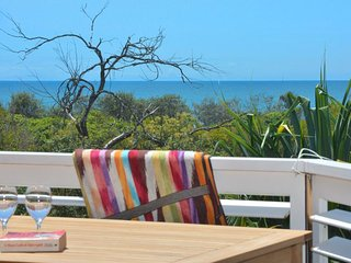 Bright 4 bedroom House in Peregian Beach - Peregian Beach vacation rentals