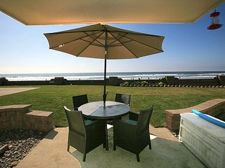 D29 - Beachfront Bungalow - Oceanside vacation rentals