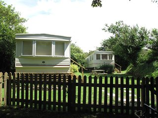 Comfortable 2 bedroom Bolingey Caravan/mobile home with Parking - Bolingey vacation rentals
