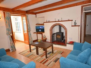 Comfortable 2 bedroom Perranporth Villa with Parking - Perranporth vacation rentals