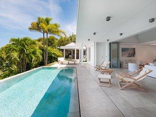 Nice Villa with Internet Access and Television - Grand Cul-de-Sac vacation rentals