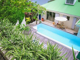 Lovely Villa with A/C and Shared Outdoor Pool - Marigot vacation rentals