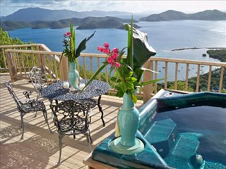 Sunrise Villa - Paradise in the Sky - Coral Bay vacation rentals