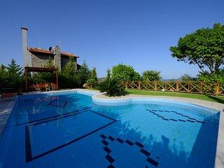 Bright 3 bedroom Villa in Milatos with Internet Access - Milatos vacation rentals