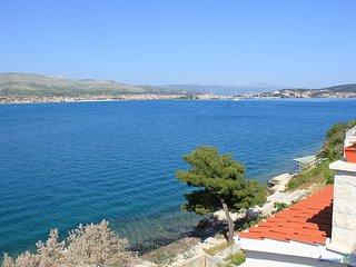 Apartments Nataša - Three-Bedroom Apartment with Sea View Terrace - Okrug Donji vacation rentals