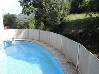 Nice House with A/C and Shared Outdoor Pool - Geres vacation rentals