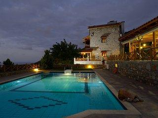 Bright 4 bedroom Villa in Milatos - Milatos vacation rentals
