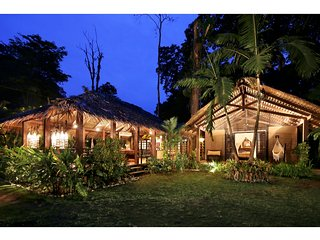 Cozy Villa with Deck and Housekeeping Included - Puerto Viejo de Talamanca vacation rentals