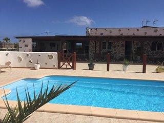 Exclusive Villa La Oliva, Fuerteventura - La Oliva vacation rentals