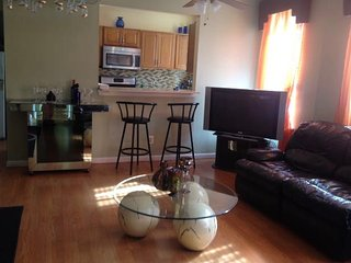 Great room in spacious apartment in Inwood - New York City vacation rentals