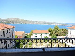 Apartments Maja - 47431-A6 - Okrug Donji vacation rentals