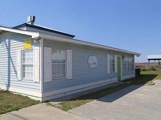 "3734 Docksite Rd - ""Creek House"" - Edisto Beach vacation rentals"